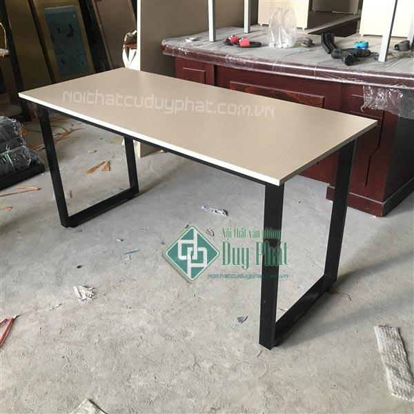 Thanh lý bàn ghế văn phòng cũ giá rẻ chất lượng tốt tại Hà Nội 1