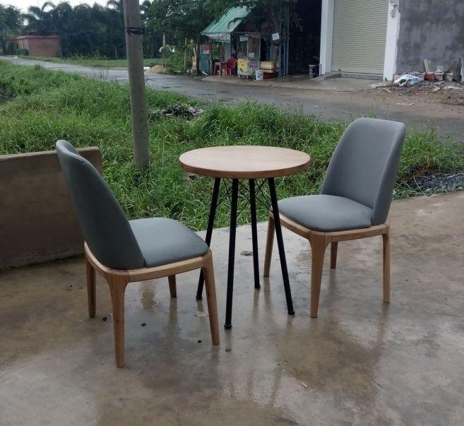 Tóp những mẫu bàn ghế cafe đẹp bằng gỗ tự nhiên